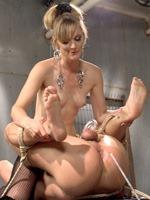 mistress-mona-wales-thumb-07