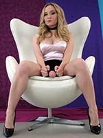 Penis-Masturbation-Playmate-thumb-01